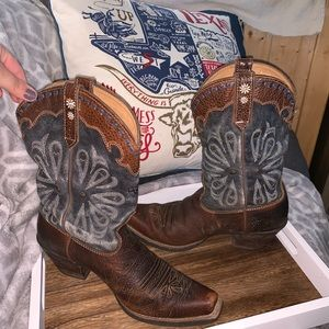 Ariat cowgirl boots!